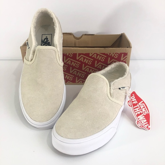 super cheap compares to exclusive deals a few days away Vans Asher Hygge Suede Faux Fur Lined Slip On NWT